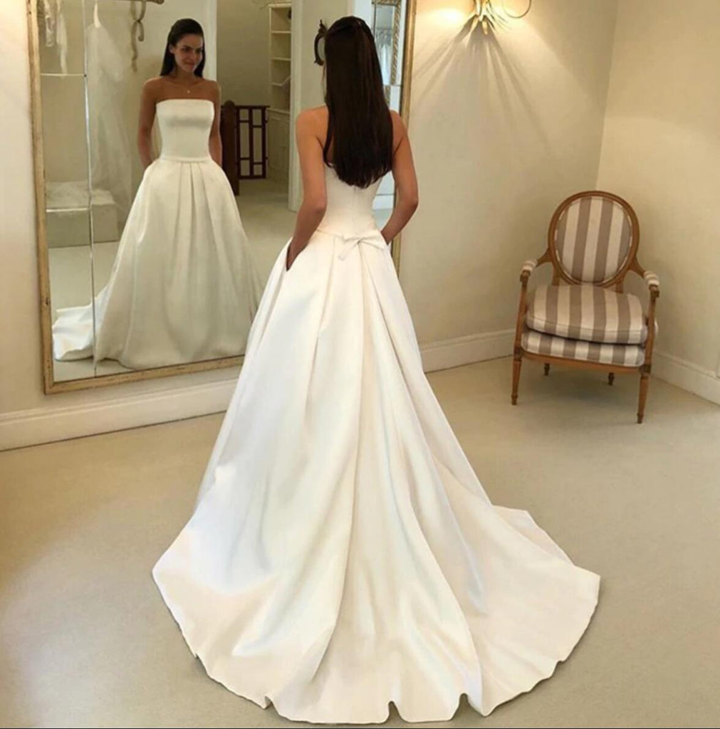 Alluring Strapless Long A Line Wedding Dresses With Trailing
