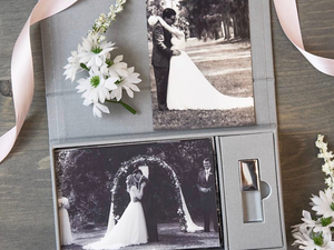Grey linen 4x6 proof and Crystal USB box