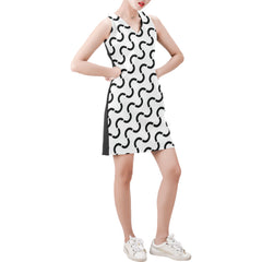 WOW | i Collection Sleeveless Black & White S-Wave Pattern Trendy Dress