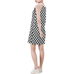 WOW | i Collection Sleeveless Black & White Triangular Pattern Trendy Dress