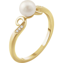 WOW Pearl Fashion | 14K Freshwater Cultured Pearl & .02 CTW Diamond Ring