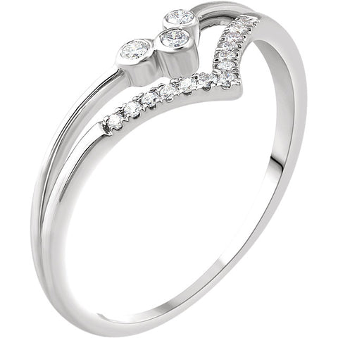 WOW Diamond Fashion | 14K White 1/10 CTW Diamond V Ring