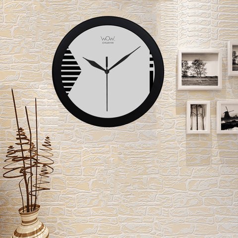 WOW | i Collection B&W Stripes Pattern Elegant Round Black Framing Wall Clock