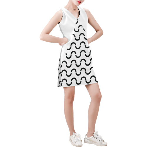 WOW | i Collection Sleeveless Black & White Grey Tone S-Wave Pattern Trendy Dress