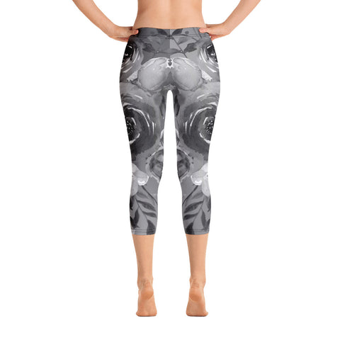WOW | P Collection Gray Tone Floral Design Capri Leggings