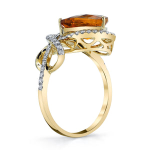 TVON - 1.92Cts Pear Checkerboard Citrine Gemstone and Diamond - Vintage Ring for Women in 14K Gold with Prong Setting - R10162