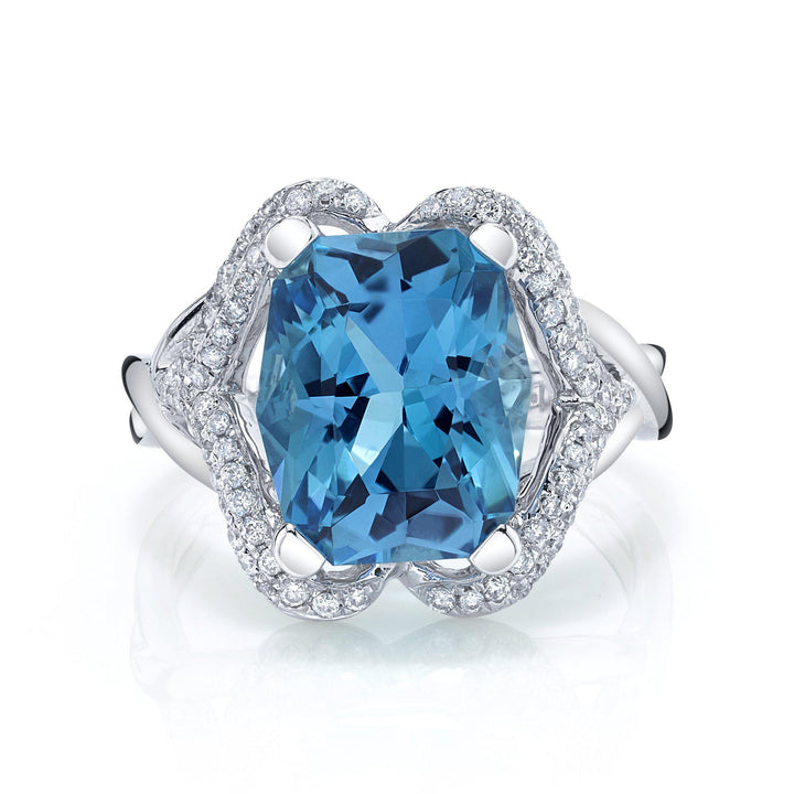 TVON - 4.89Cts Twilight Natural Swiss Blue Topaz Gemstone and Diamonds - Vintage Ring for Women in 14K Gold with Prong Setting - R10311 - 5