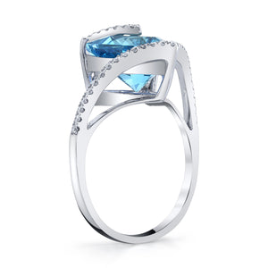 TVON - 4.5Cts Six-Sided Trillion Natural Swiss Blue Topaz Gemstone and Diamond - Signature Design Ring for Women in 14K Gold with Prong Setting - R10366