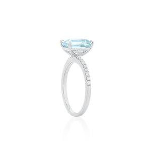 18ct White Gold Lavina Aquamarine Diamond Ring
