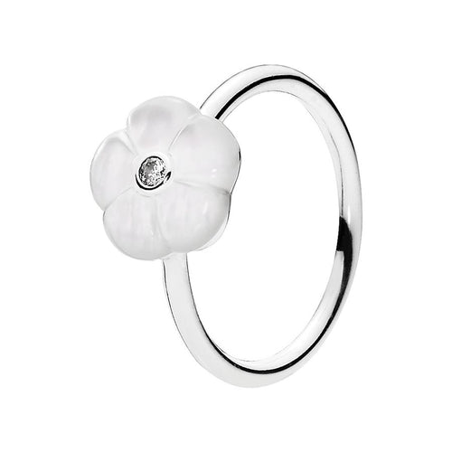 Pandora Luminous Floral Statement Ring