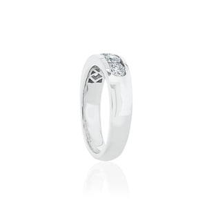 18ct White Gold Rhine Diamond Ring