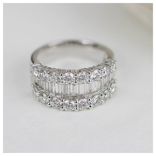 18ct White Gold Solana Diamond Dress Ring