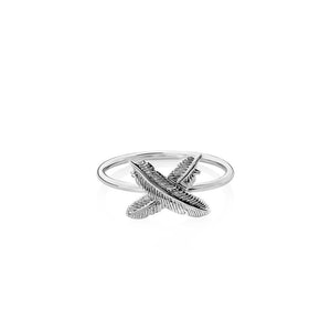 Silver Feather Kisses Ring