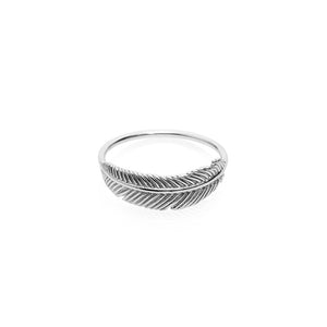 Silver Miromiro Feather Ring