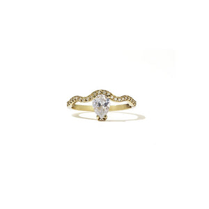 18ct Yellow Gold Clementine Ring w White Dia