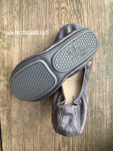 SLATE GRAY (Oil Tanned)- In-stock, ship now - The Storehouse Flats