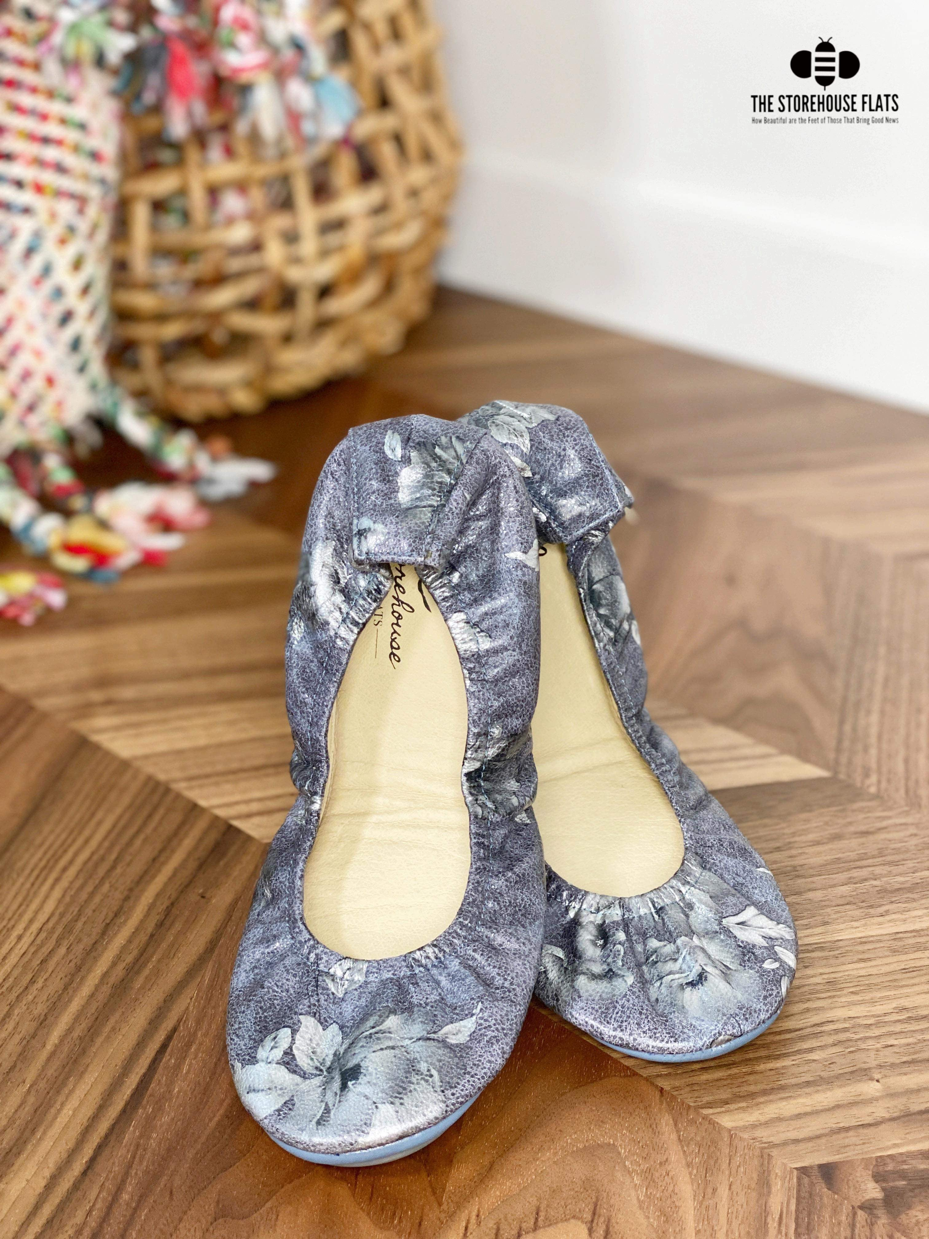 ANTIQUE FLORAL | IN STOCK - The Storehouse Flats