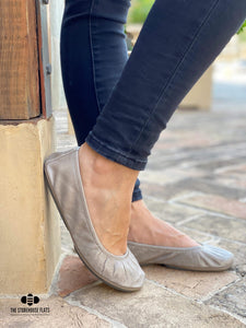 TAUPE OIL TANNED | IN STOCK - The Storehouse Flats