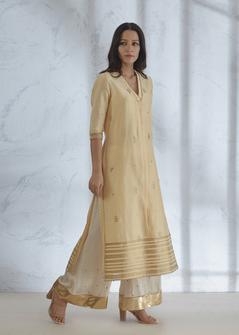 PALE YELLOW HAND EMBROIDERED KURTA SHARARA SET