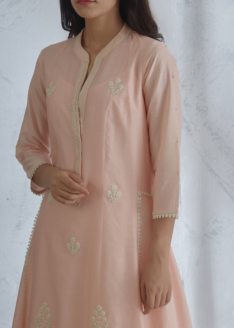 PEACH EMBROIDERED KURTA WITH TIERED SHARARA AND SCARF