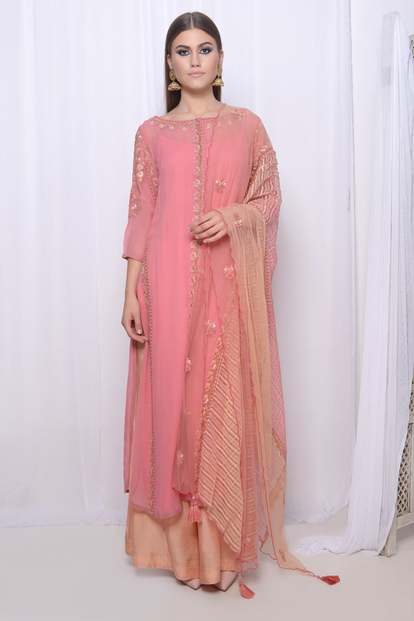 Embroidered straight kurta with concealed placket with straight pants and embroidered dupatta