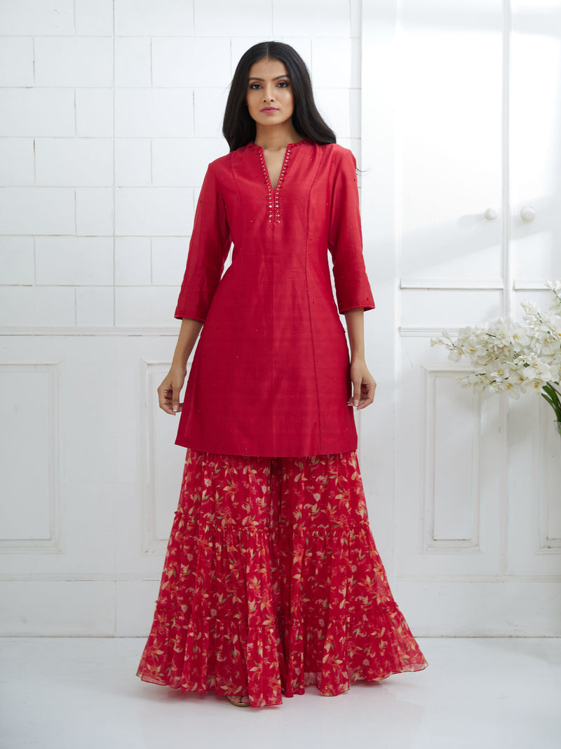 RED KURTA EMBELLISHED WITH HAND EMBROIDERY