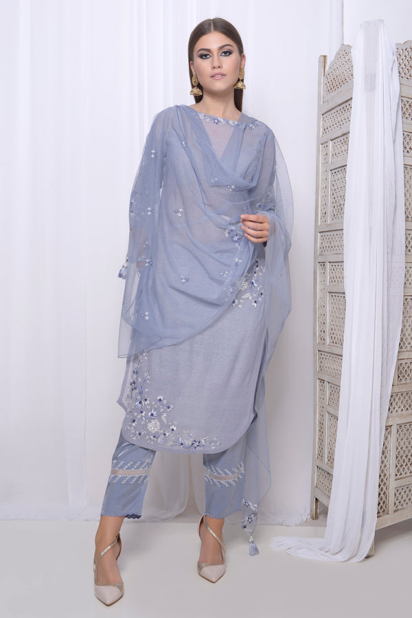 Embroidered straight kurta with seam detail and embroidered narrow crop pants and embroidered dupatta