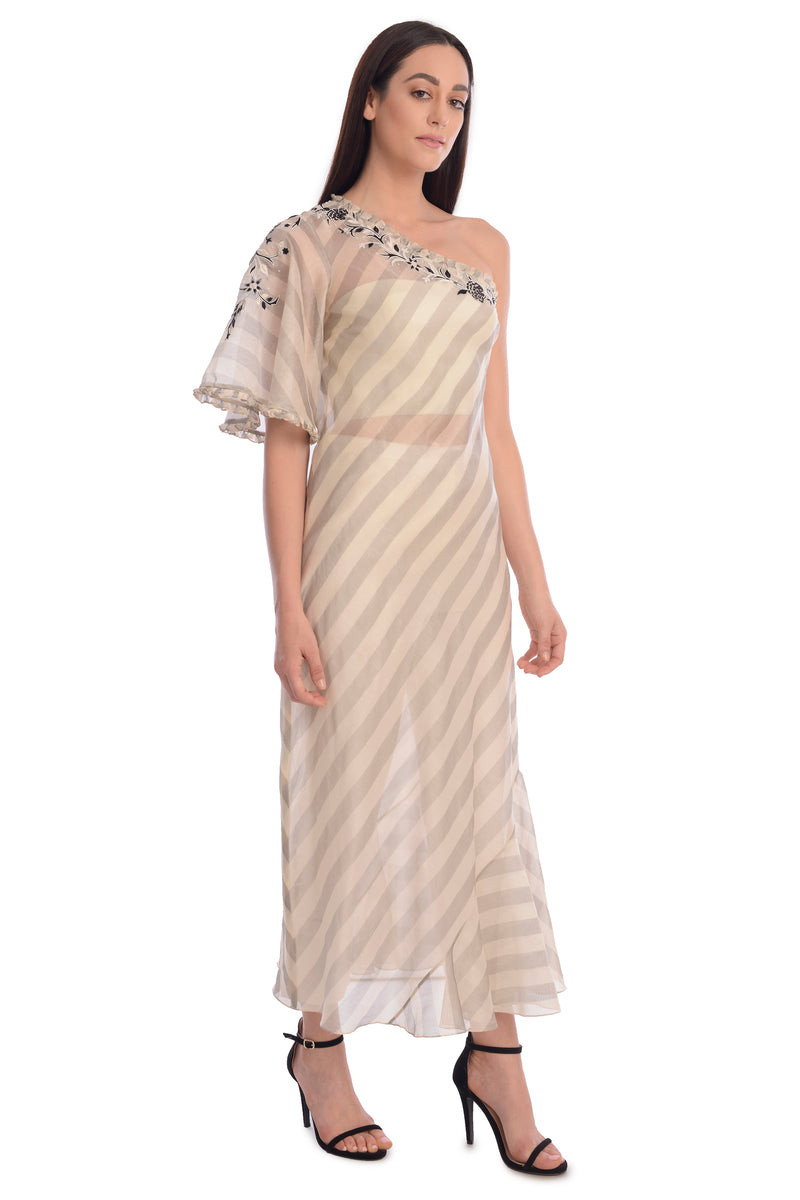 IVORY OFF SHOULDER KURTA SET