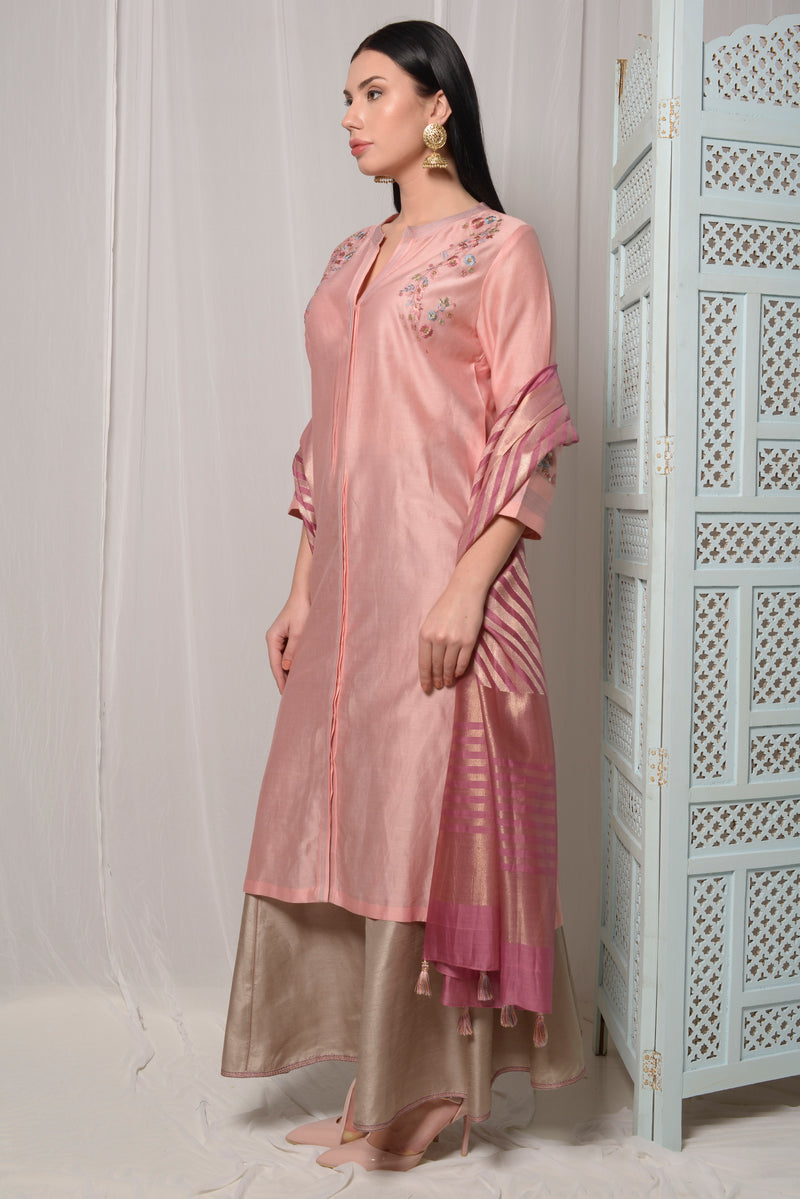 EMBROIDERED KURTA WITH PANELLED PALLAZO AND DUPPATTA
