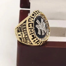 Load image into Gallery viewer, 1998 New York Yankees World Series Championship Ring