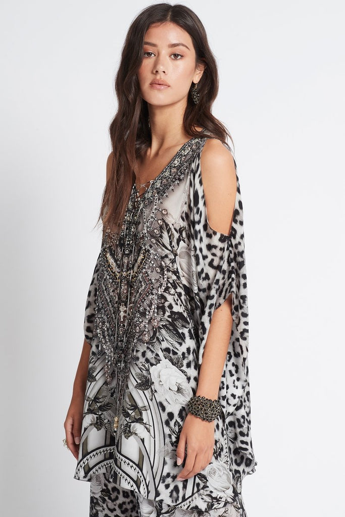 WILD AT HEART BUTTERFLY TOP W SLIT