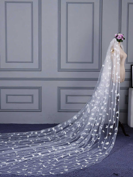 "One-Layer Royal(≥144"") Pencil Edge Lace Wedding Veil"