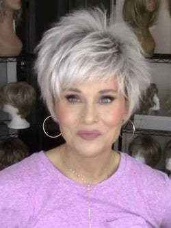 Popular White Short Wig 6 Inches Synthetic Hair For Ladies