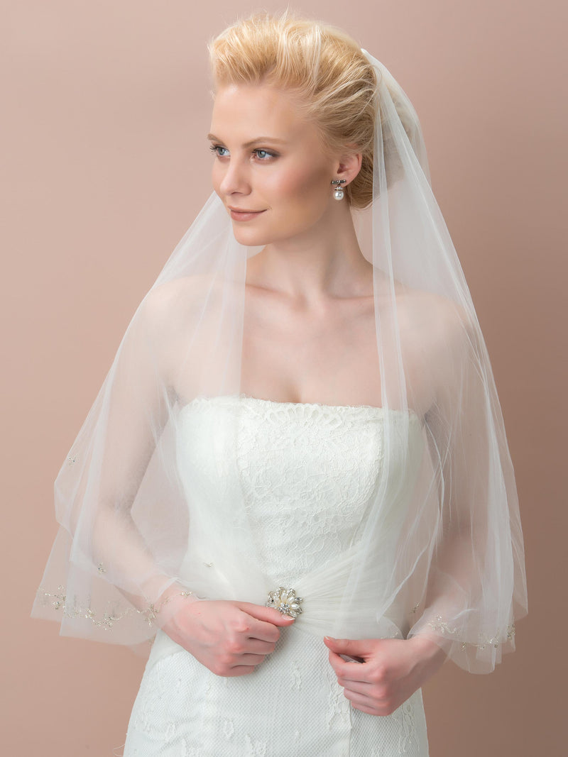Short Two-Layer Bead Edge Wedding Veil