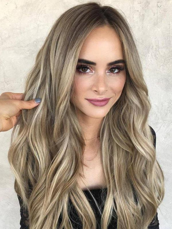 Lace Front Cap Synthetic Hair Women 22 Inches Long Wavy Wigs