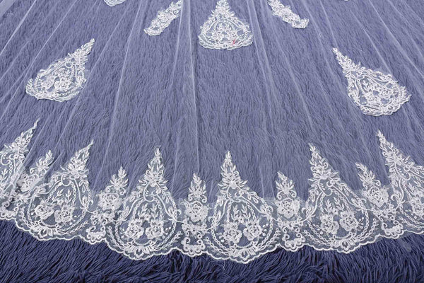 "Two-Layer Royal(≥144"") Lace Edge Appliques Wedding Veil"