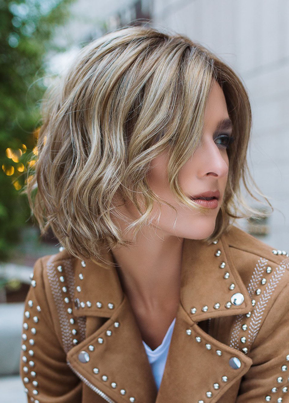 Fashion Women Short Hair Wigs Mixed Color Medium Synthetic Hair