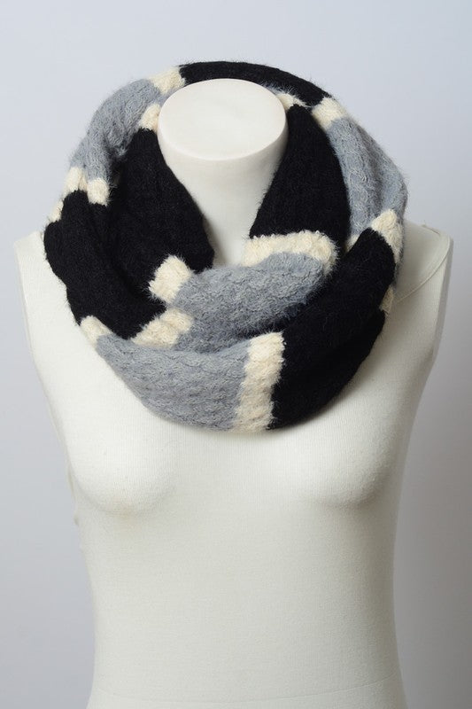Shelly Infinity Scarf