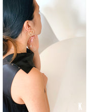 Load image into Gallery viewer, Amaru S925 Long Twisted Gold Earring Set