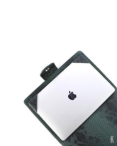 (Made-to-order) Forrest Green Vegan Leather Laptop Holder