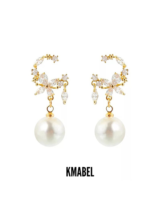 Lola Mini Pearl Gold Statement Earrings