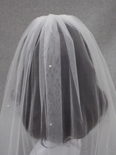 Load image into Gallery viewer, Wedding Veil with Pearls