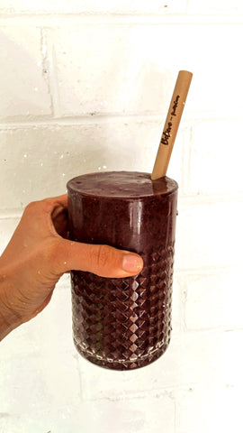 Detox Juice With Bamboo Straw