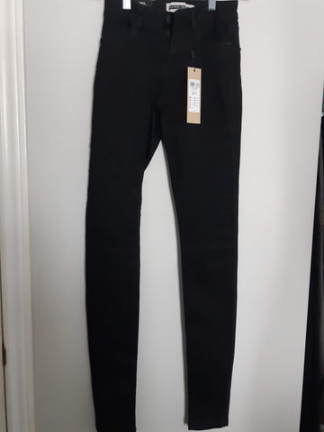 "Noisy May ""Lucy"" Stretch Denim - BNWT"