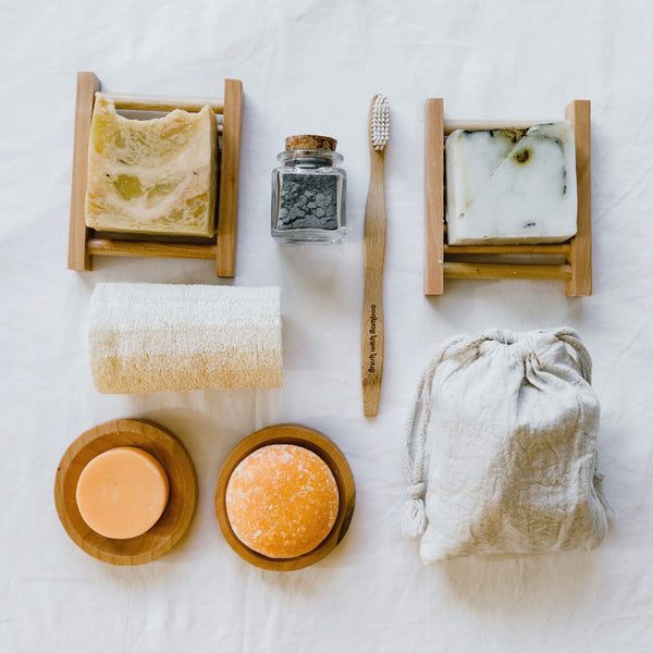 A box of eco-friendly bath & body essentials built to give you all of the basics for a big change in your bathroom. Includes 10 zero waste, vegan, organic and all natural products at a marked down price to make the change easier. Shop now at rplanetshop.com.