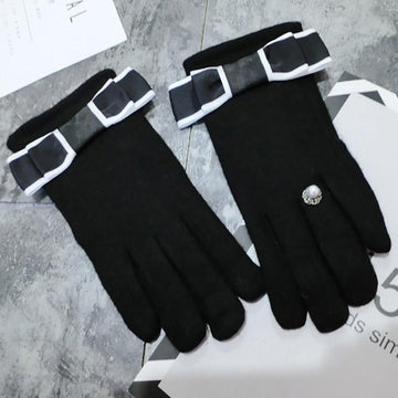 Modakawa Accessories Black / One Size Bow Ring Touchscreen Winter Gloves