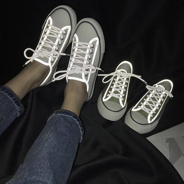 Modakawa Canvas Shoes Glow Shoes Light up Dark Low Top Vintage Canvas Fashion Girl