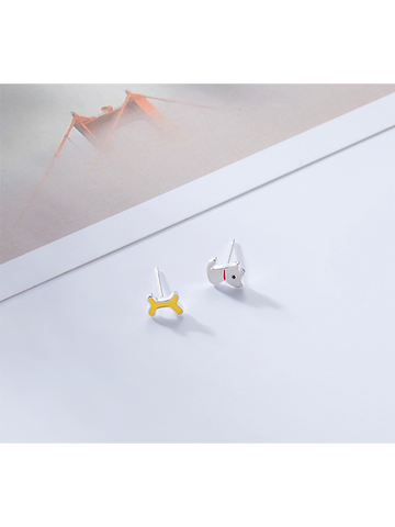 Modakawa Earrings 925 Sterling Silver Stud Earrings Puppy Bone Asymmetrical