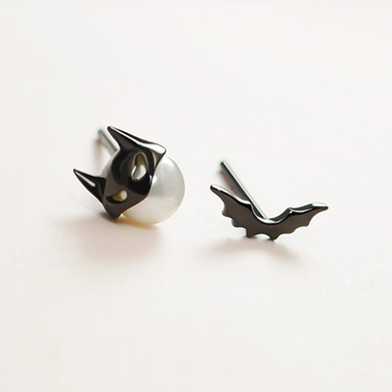 Modakawa Earrings Bat / One Size Bat 925 Sterling Silver Stud Earrings