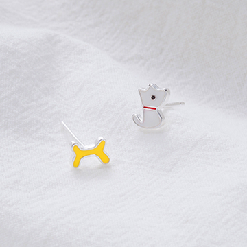 Modakawa Earrings Puppy & Bone / One Size 925 Sterling Silver Stud Earrings Puppy Bone